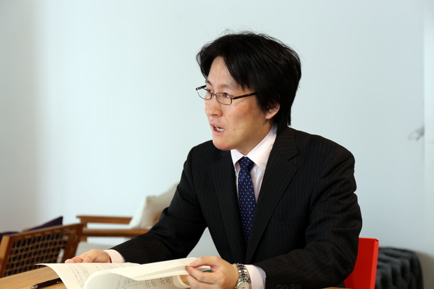 lawyer-tanaka