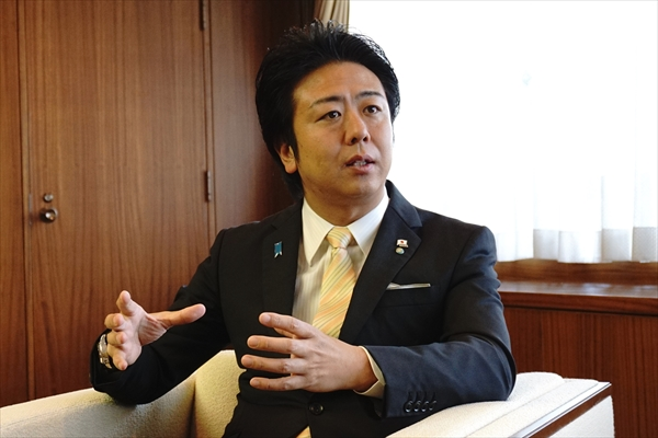 高島 市長